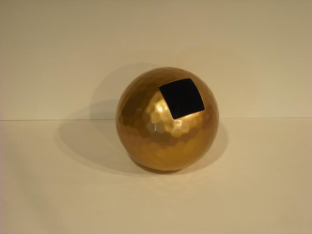 Vaso sfera resina martellinata d.30 Oak